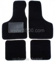 Satz Schonmatten in schwarz für vorderen und hinteren Fußraum