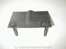 Inneres Stützblechversteifungsblech mit Haltebolzen für Querlenkeraufnahme (126), Umbau auf Fiat 500 möglich